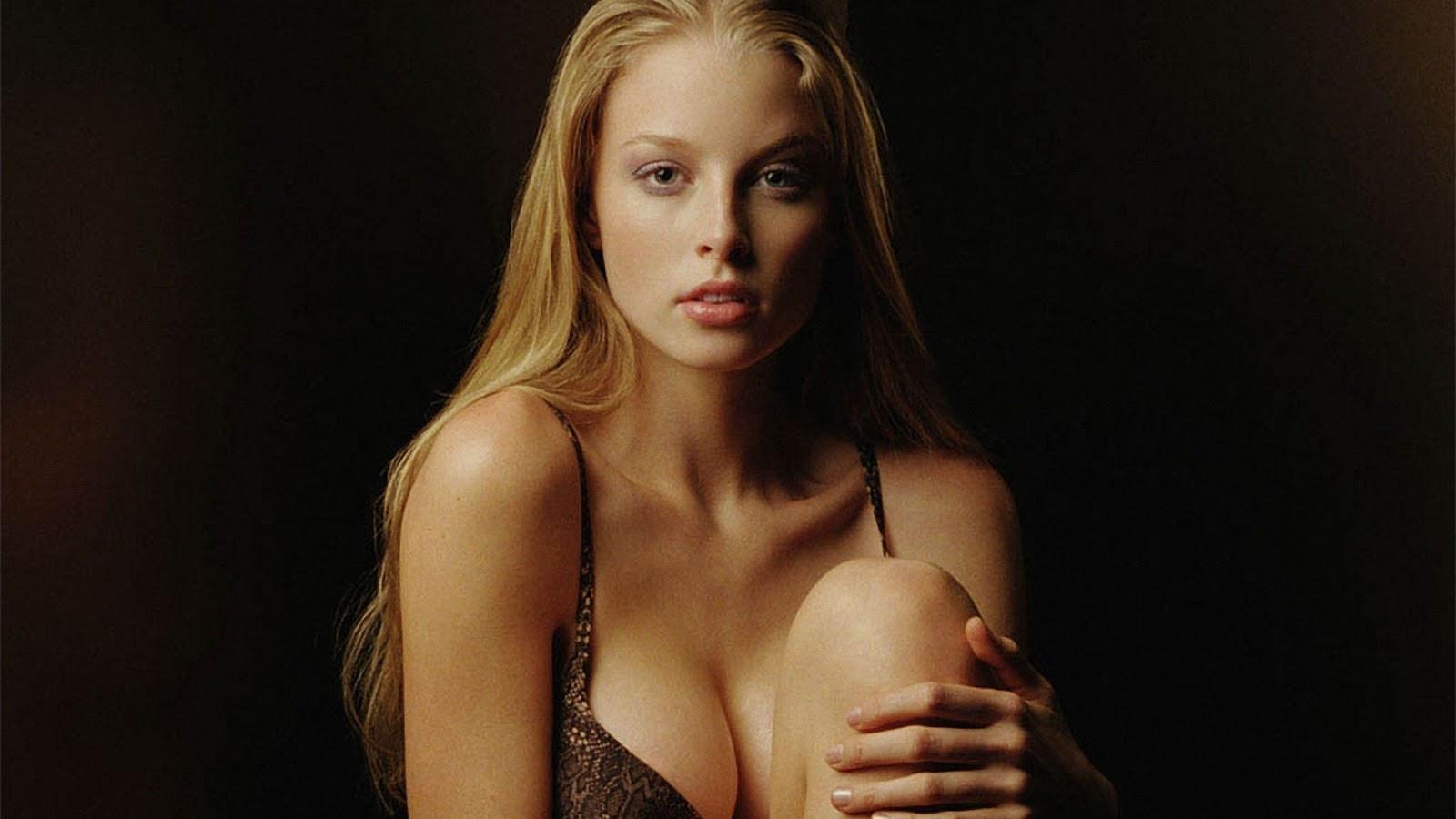 Rachel Nichols Sexy Pictures