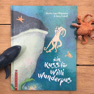 Titel: Ein Kuss für Willi Wunderpus Autor: Henrike Lippa-Wagenmann Illustrationen: Betty Conhoff Verlag: Edition Pastorplatz Rezension: Kinderbuchblog Familienbücherei