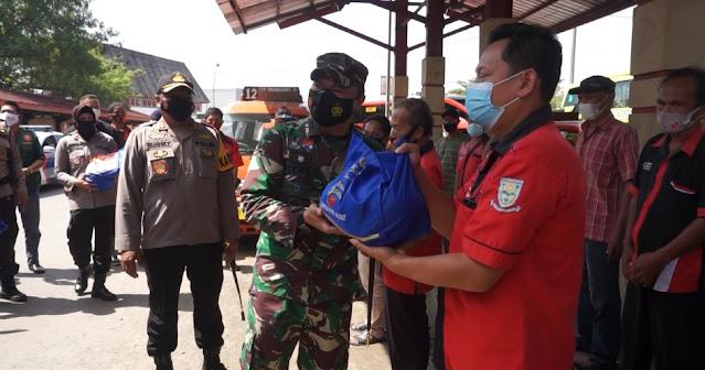 Sinergisitas TNI Dan Polri  Purbalingga Kembali Salurkan Bantuan Sosial