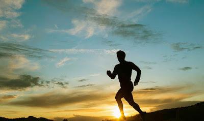 7 Tips Agar Bisa Olahraga Lari di Musim Panas