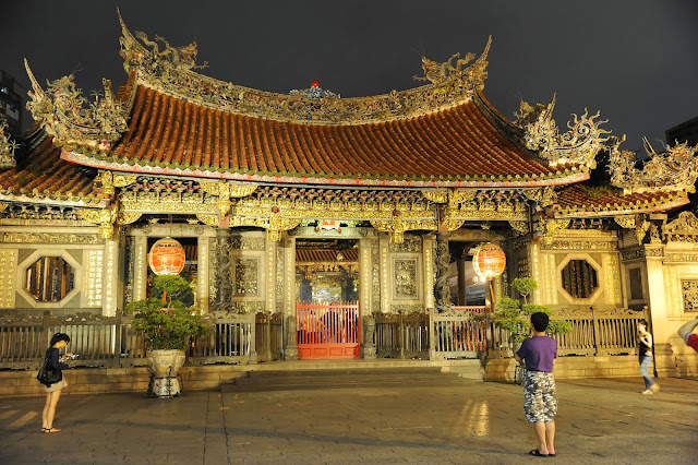 Taipei Longshan Temple at night
