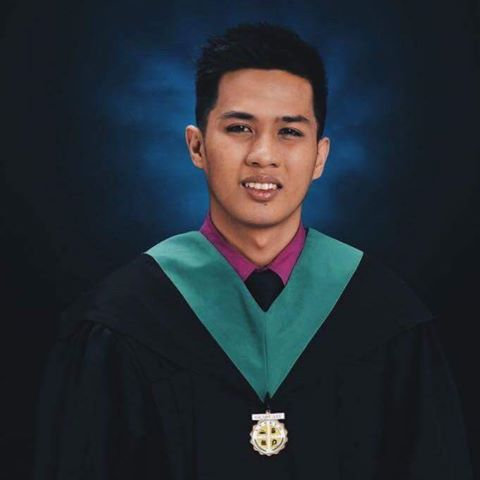 'Walwal Bago Aral': Student Spends Six Years in College But Gives the Most Inspiring Graduation Message Ever!
