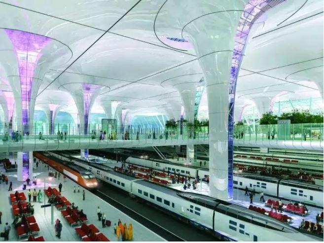 भारतीय रेलवे ने नई दिल्ली रेलवे स्टेशन पर यात्रियों को दी एयरपोर्ट जैसी सुविधाएं