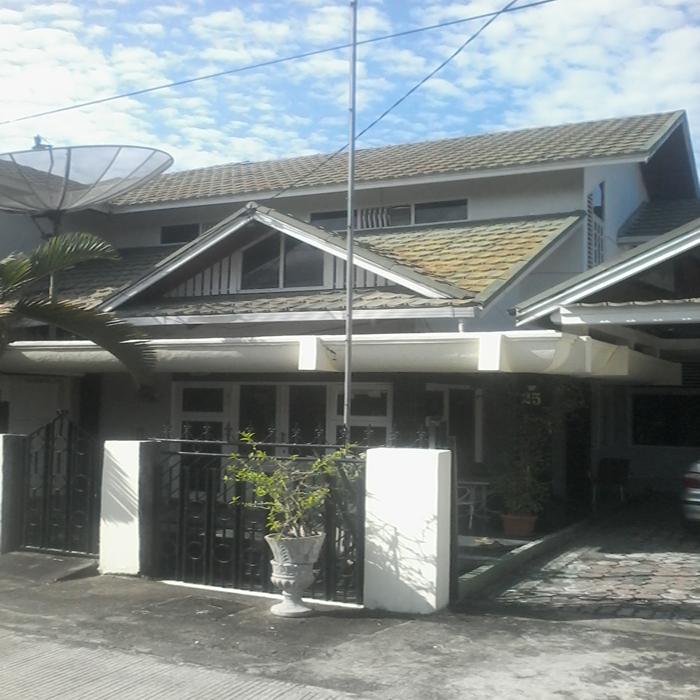 Dijual Rumah di Jalan Sitawa Padang