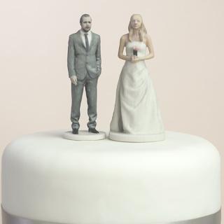 Figurines imprimées en 3D pour gâteau de mariage