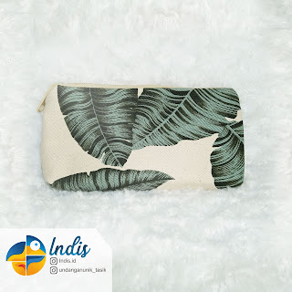 S023 (Pouch)