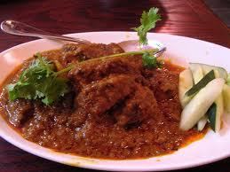 Masakan khas Sumatra Barat yang terkenal hingga ke luar negeri