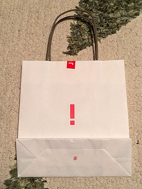 JiNSの紙袋