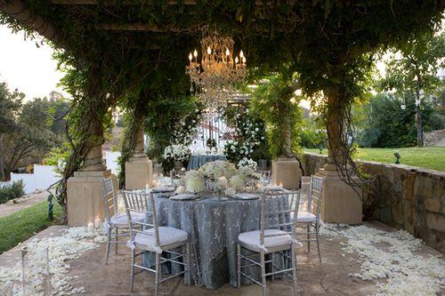 Small Outdoor Wedding Ideas: Backyard Wedding Table Decoration Ideas