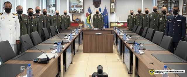 Σύγκληση Ανώτατου Συμβουλίου Εθνικής Φρουράς (ΦΩΤΟ)