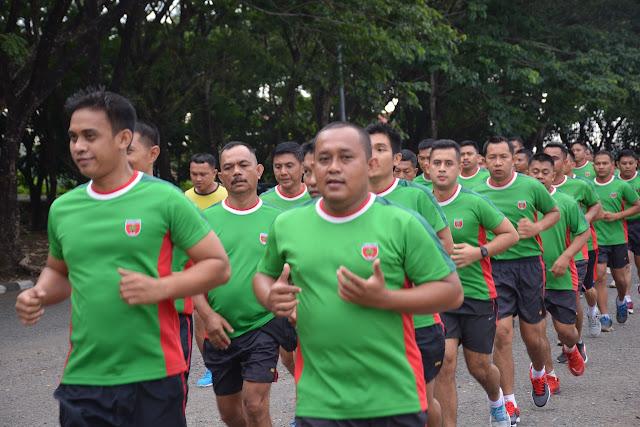 Demi Menunjang Tugasnya, Personel Korem 141/Tp Aktif Olahraga