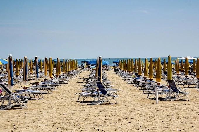 Estate: 33,5 mln di italiani in vacanza, +32% stranieri