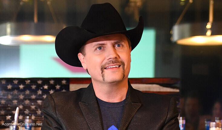 Estrella de la música country John Rich