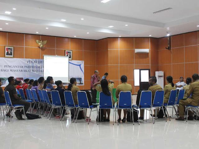 Pemda MTB Gelar Pelatihan Kepariwisataan Bagi Masyarakat Tanimbar