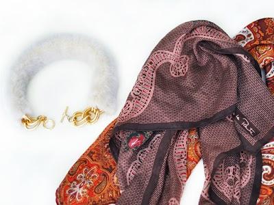 2 Gargantillas de piel para el invierno con pañuelo o cadenas