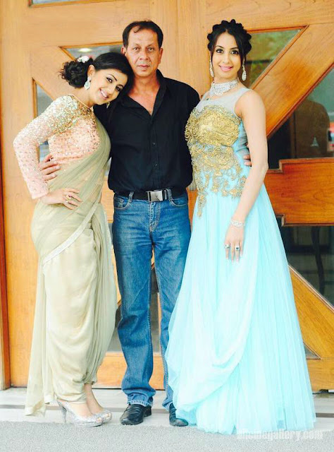 Nikki Galrani with her father and sister Sanjjanaa