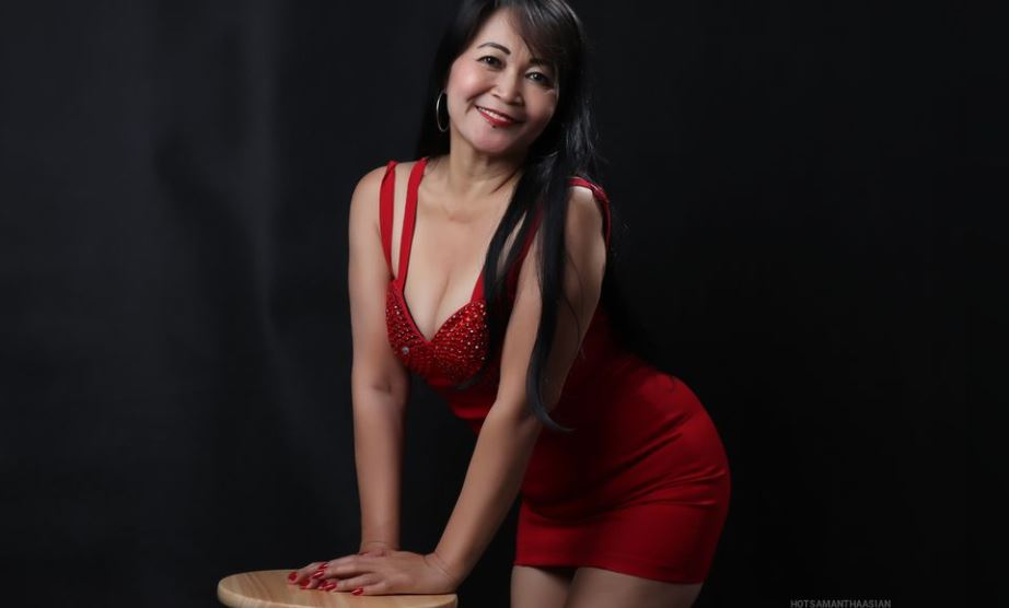 AkhiraDavis Model GlamourCams