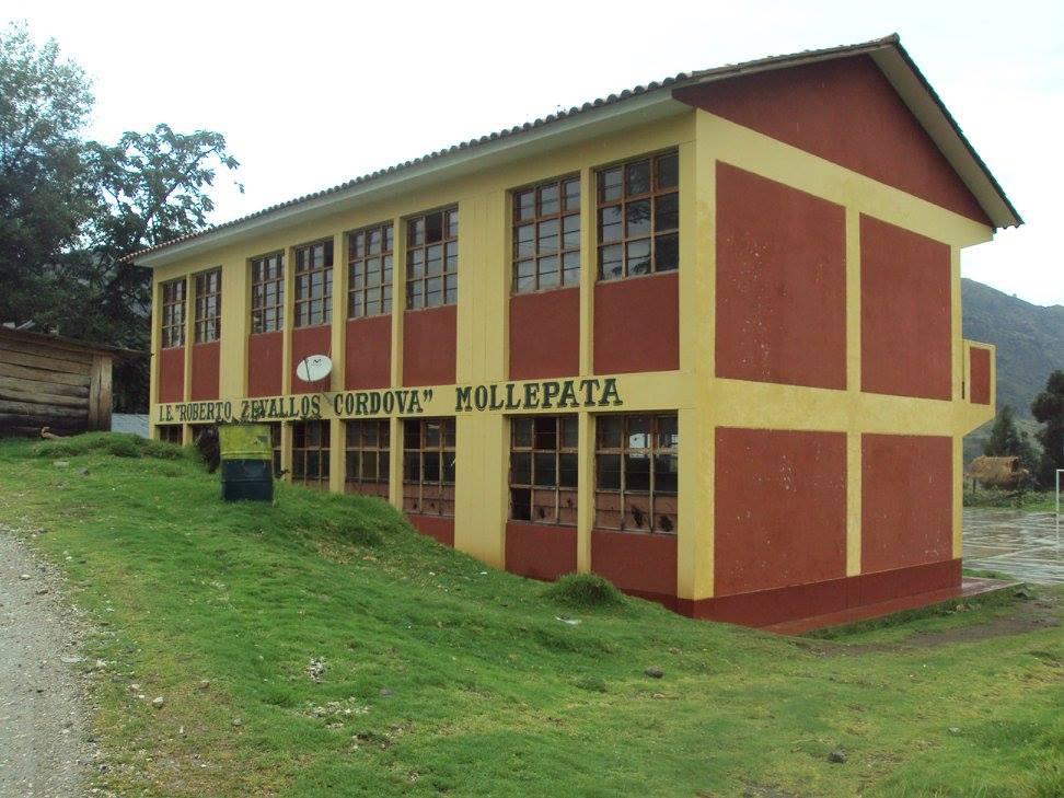 Colegio ROBERTO ZEVALLOS CORDOVA - Mollepata
