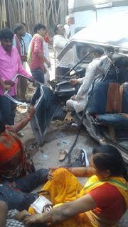 ट्रक और ओमिनी का भीषण एक्सीडेंट,accident