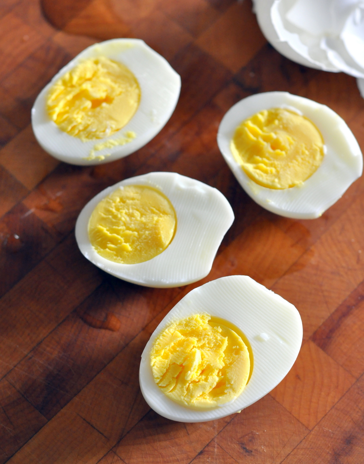 How To: Boil Eggs