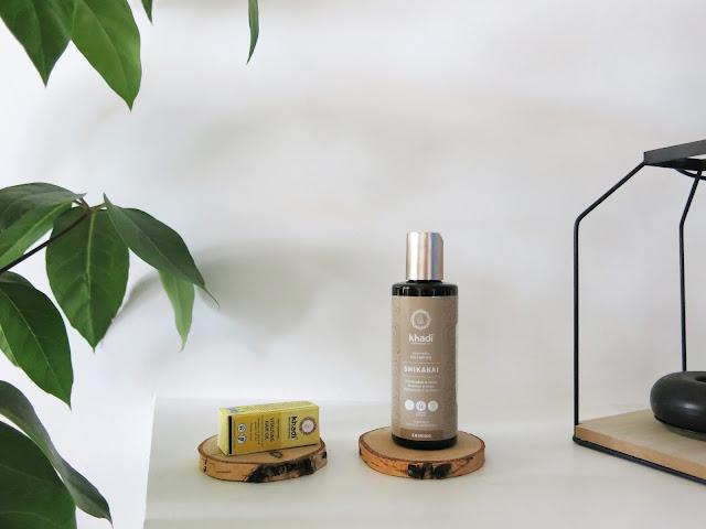 Nowość - Ajurwedyjski szampon do włosów z Shikakai od Khadi   oraz olejek stymulujący porost włosów.