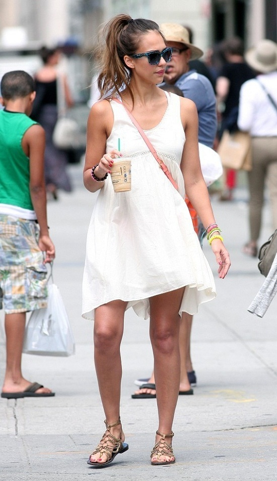 MyMy .. The No Feminist Blog: Jessica Alba à Hollywood