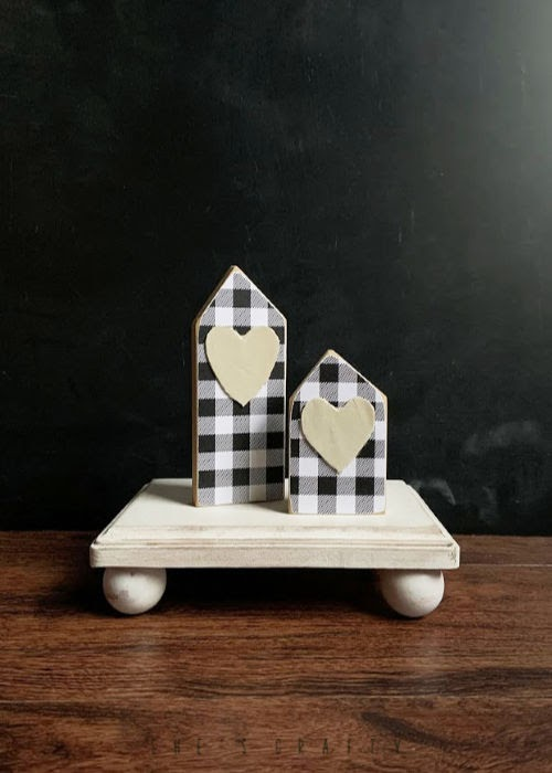 How to make risers - use wooden plaques to make risers for candles or plants
