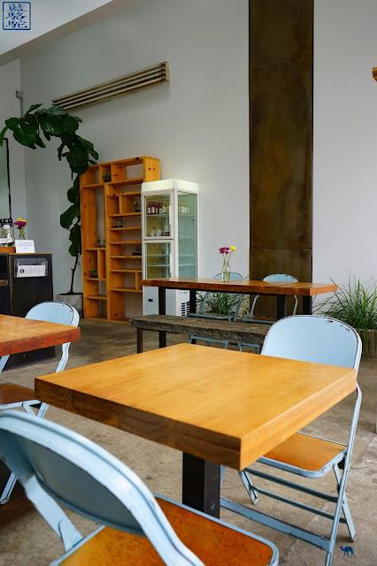 Le Chameau Bleu - Intérieur AP Café - Pause Café à Bushwick Brooklyn