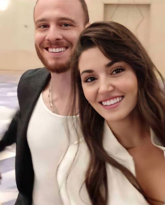 Couple Hande Erçel-Kerem Bürsin : We are lucky