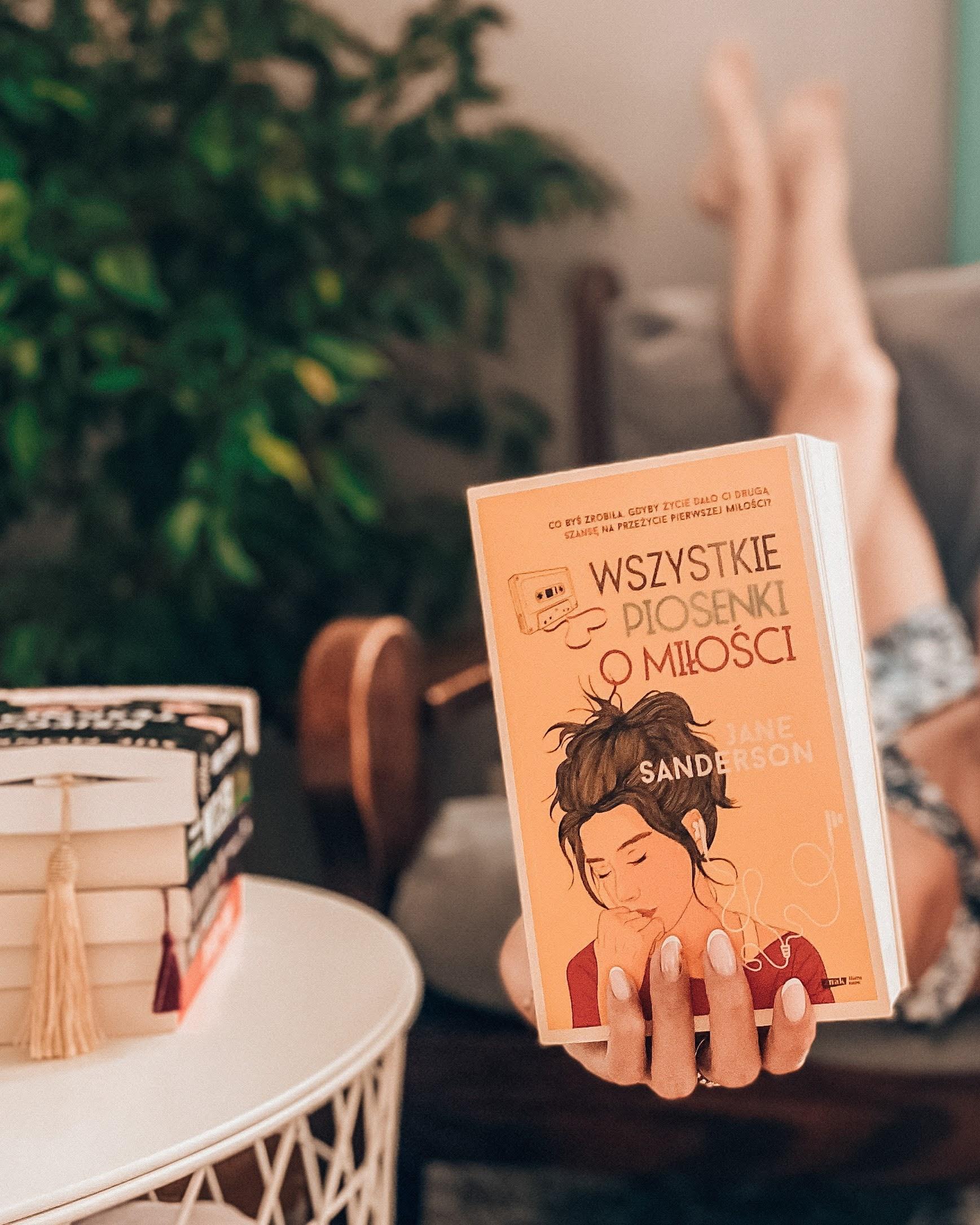 książka Wszystkie piosenki o miłości