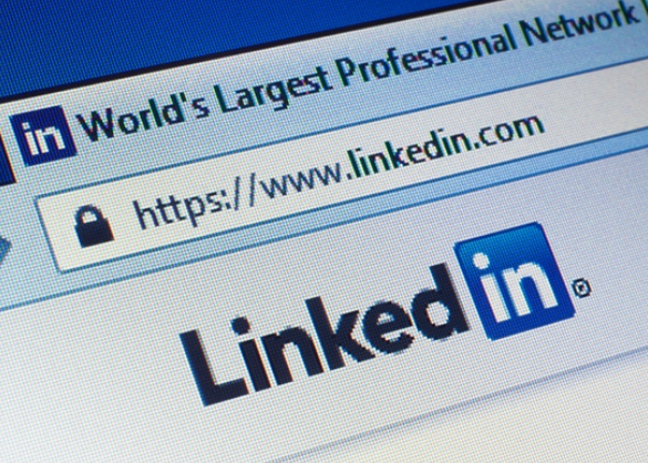Steps to Use LinkedIn to Find Freelance Work