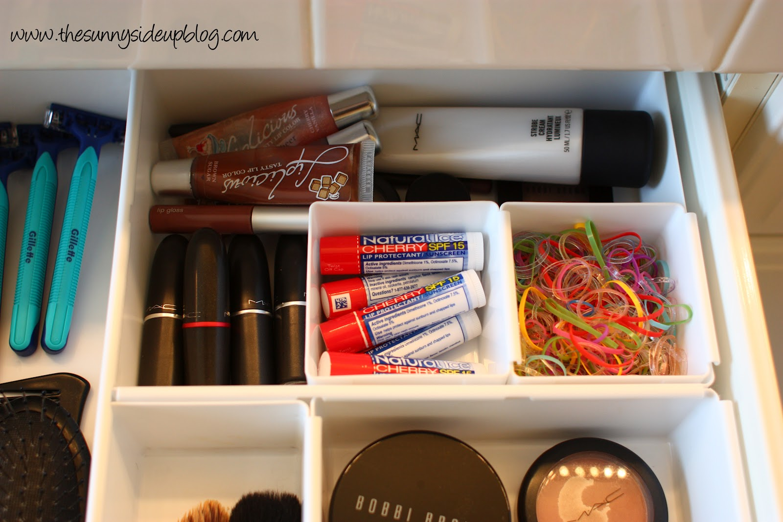 Organized Bathroom Drawers The Sunny Side Up Blog