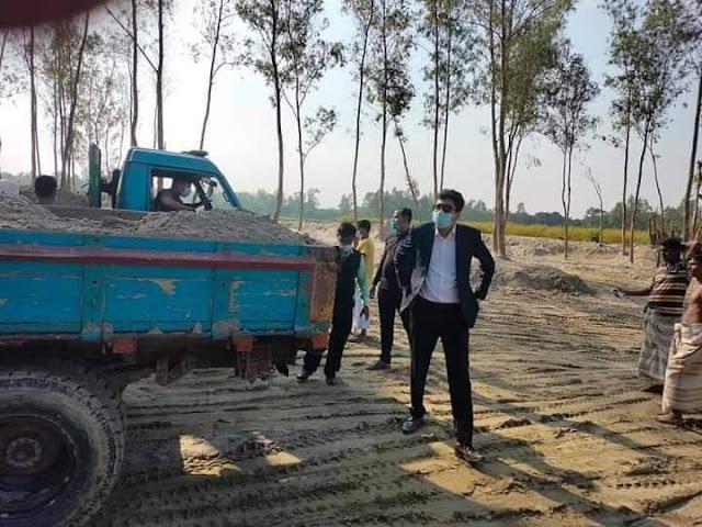 সিরাজগঞ্জে অবৈধ ভাবে বালু উত্তোলনের দায়ে  অর্থদন্ড