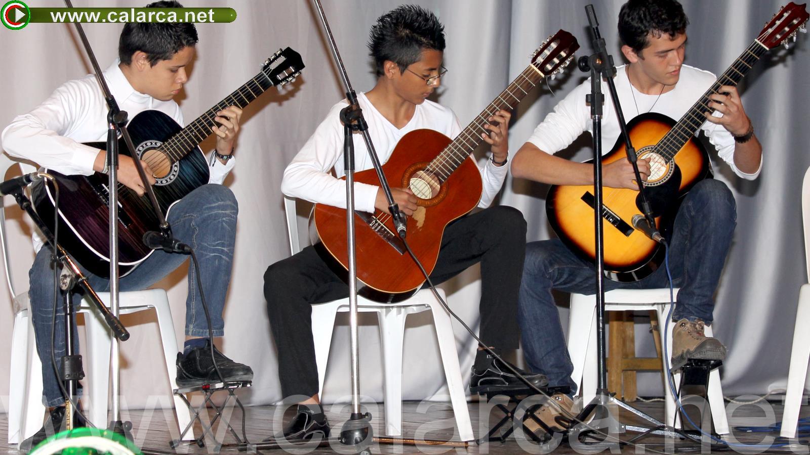Trío de guitarras