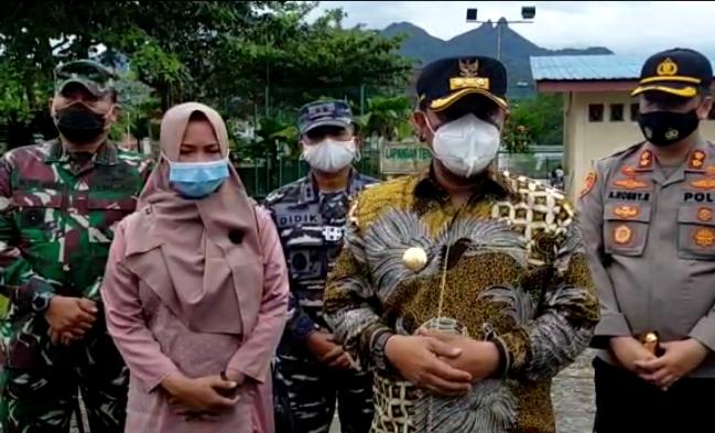 Pjs Gubernur Kepri Bagikan Masker dan Gelar Rapat Koordinasi Kesiapan Pilkada Serentak 2020