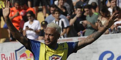 Neymar Pilih Berduet dengan Cristiano Ronaldo Ketimbang ke Real Madrid