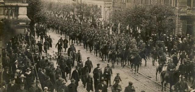 Сто лет назад поляки взяли Киев
