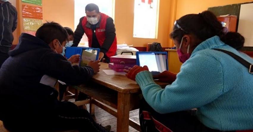 MINEDU: Retorno a clases se hará sin poner en peligro la salud de estudiantes y maestros, informó el Ministro de Educación, Ricardo Cuenca