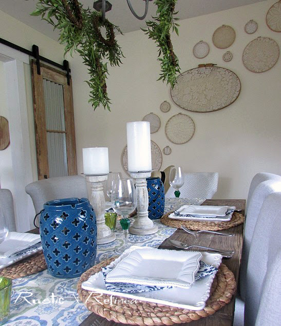 Beach inspired table decor using blue and white