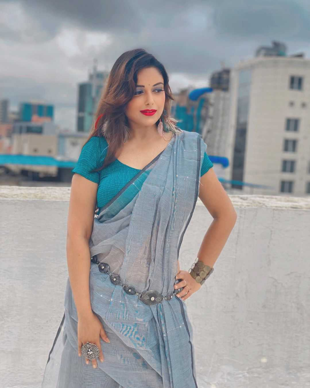 Charmsukh Chawl House Actress name list Pictures