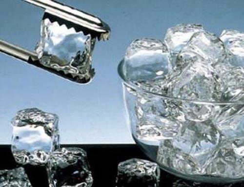 Những tác hại cần biết về nước đá