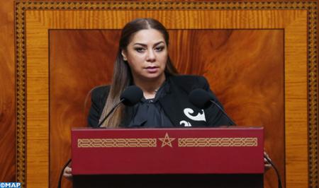 السيدة بوشارب.. الوزارة بصدد بلورة رؤية جديدة في مجال السكن والتعمير