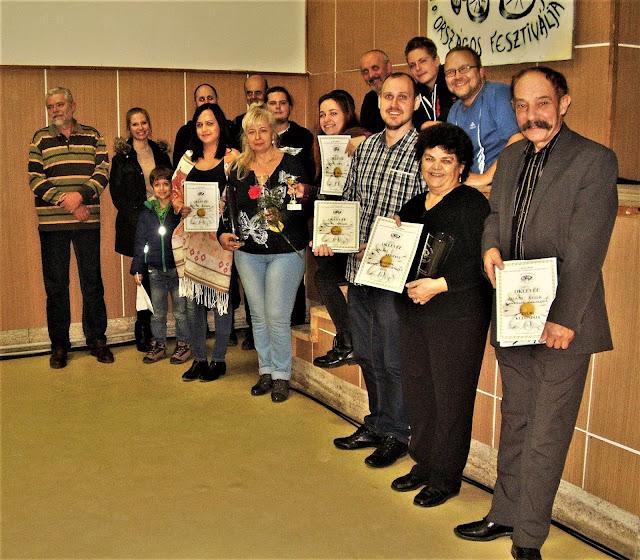 A csapat a díjakkal Buzitán