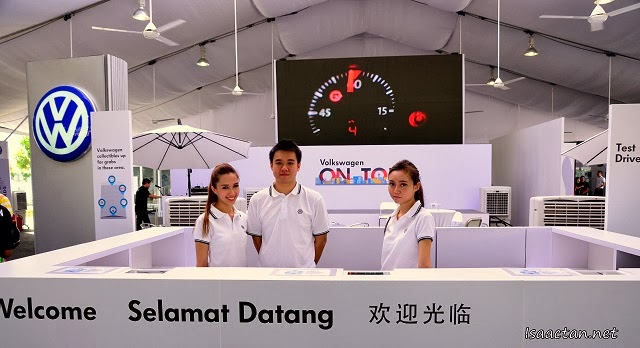 Smiling Volkswagen folks welcoming us to the Volkswagen On Tour @ Queensbay Mall Penang