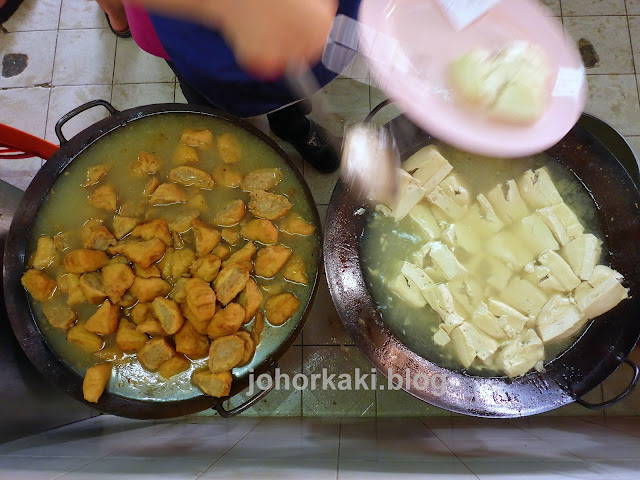 Ampang-Yong-Tau-Foo-Foong-Foong-鸿鸿安邦酿豆腐