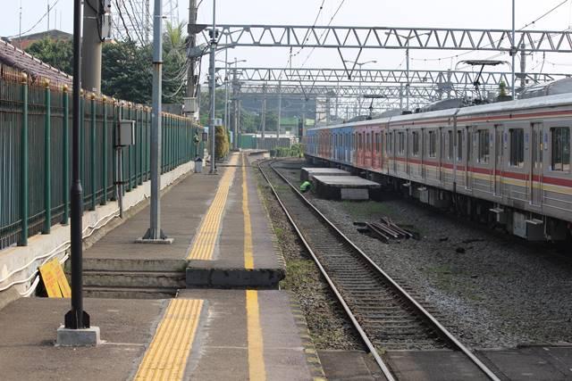 Cara Menuju Kampus Universitas Indonesia Dari Serpong Dengan Commuter Line