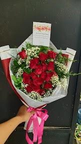 Karangan Bunga 300