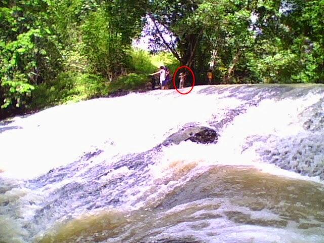 http://www.wisatakalimantan.com/2016/07/Cukup-1-Hari-3-Tempat-Wisata-Ini-Bisa-di-Kunjungi-Sekaligus.html