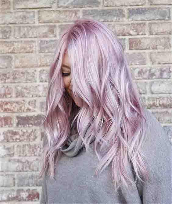 Cabelos coloridos: descubra qual cor combina mais com seu tom de pele