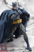 MAFEX Batman (Batman: Hush) 31